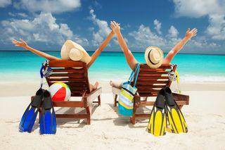 Bigstock-Happy-couple-on-the-beach-of-s-49742783